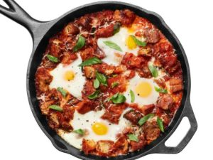 Eggs In Purgatory with Sausage